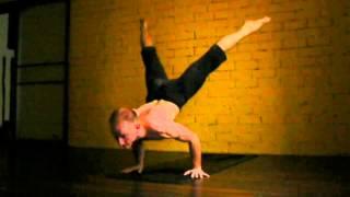 getlinkyoutube.com-Ashtanga Yoga: Fun jump back