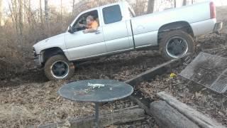 getlinkyoutube.com-Chevy silverado mudding