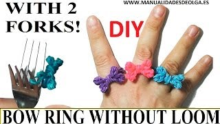 getlinkyoutube.com-How to make a bow Ring (EASY) with 2 forks.  rainbow loom bands. rubber bands flower ring