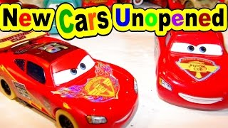 getlinkyoutube.com-Pixar Cars New Cars Collection Unopened with Lightning McQueen and Road Trip Flo Ramone and more