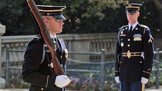 getlinkyoutube.com-アーリントン国立墓地の衛兵交代式 (無名戦士の墓) The Old Guard