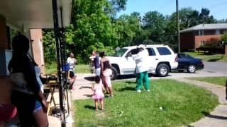 getlinkyoutube.com-White gurl beat black girl up