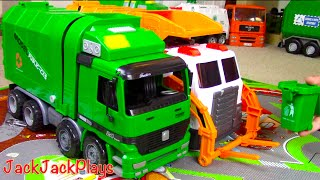 getlinkyoutube.com-Garbage Truck Videos for Children: Green Kawo Toy UNBOXING - Jack Jack Playing with Lego Trash