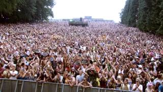 getlinkyoutube.com-The Wailers - Three Little Birds / One Love (Live at BoomTown Fair 2014)