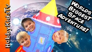 getlinkyoutube.com-Worlds BIGGEST Outer SPACE SHIP to Moon! Surprises+Astronauts Adventure Science Lab by HobbyKidsTV