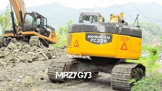 getlinkyoutube.com-Komatsu PC228 Excavator Working On Bridge Construction