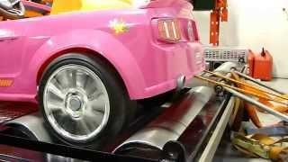 getlinkyoutube.com-Dynoing Barbie Power Wheels