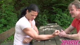 getlinkyoutube.com-Really strong Oana Hreapca armwrestling
