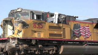 getlinkyoutube.com-UP Train Wreck in Fontana CA - The scene 17 hours later