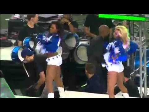 Enrique Iglesias+Pitbull @Dallas Cowboys Half Time Performance