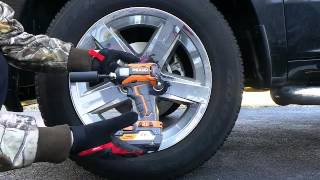 getlinkyoutube.com-Ridgid Gen5X Impact Driver 2.0ah vs. 4.0ah Battery Lug Nut Challenge