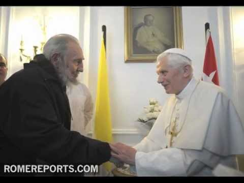 Benedict XVI meets with Fidel Castro in half hour private meeting
