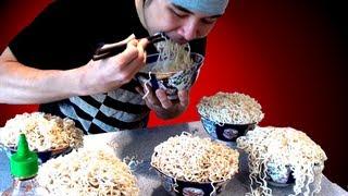 getlinkyoutube.com-Crazy Ramen Eating Stunt (5.09kg)
