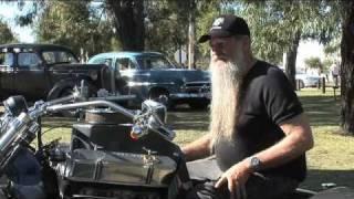 getlinkyoutube.com-Vintage Bikes and V8 Trike