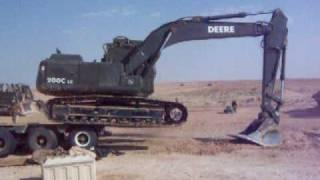 getlinkyoutube.com-Excavator Falling