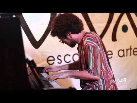 Encontro de Pianos - Thiago Almeida toca Hermeto Pascoal na VIVA Escola de Artes