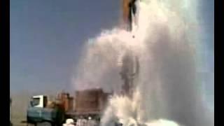 getlinkyoutube.com-حفر بئر ارتوازي وقوة دفع الماء