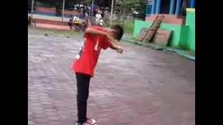 getlinkyoutube.com-TEMON HOLIC Goyang Morena In Wisata Waduk Gajah Mungkur WONOGIRI By: Andy