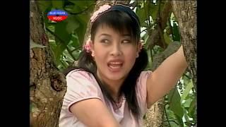 getlinkyoutube.com-Hai Kieu Oanh Di Choi Loto