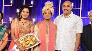 getlinkyoutube.com-Anchor Ramya & Aparajith Wedding Reception | Sathyaraj | Y Gee Mahendra | S Ve Sekhar - BW