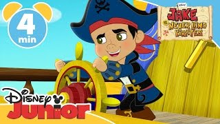 getlinkyoutube.com-Captain Jake and the Never Land Pirates | Attack of the Pirate Piranhas | Disney Junior UK