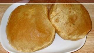 getlinkyoutube.com-Puri,  Indian Puffed Flat Bread by Manjula