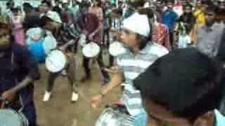 getlinkyoutube.com-Munnas Beatz-Nasik Dhol.wmv