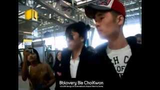 getlinkyoutube.com-121226 SEUNGRI at Suvarnabhumi Airport back to Korea