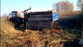 getlinkyoutube.com-Самодельный кран к трактору. Погрузка плит