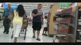 getlinkyoutube.com-Farting in Walmart Part 2