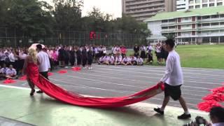 getlinkyoutube.com-เปิดกีฬาสีสีแดง โรงเรียนเตรียมอุดมศึกษา 2558 (setA)