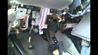 getlinkyoutube.com-How to take out your BCM 2001 -  2007 Chrysler Minivans