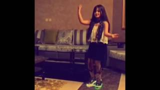 getlinkyoutube.com-رقص بنات على شيلة لا يهمك ي وطنا
