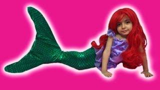 getlinkyoutube.com-Disney Frozen Elsa MERMAID Videos In Real Life + Swimming Tail +Ariel Mermaid + TREASURE HUNT + Toys