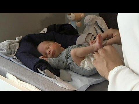 Σουηδία: Έγινε μητέρα μετά από επιτυχή μεταμόσχευση μήτρας