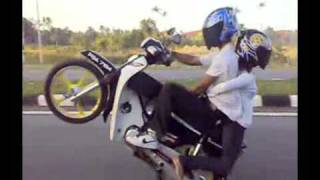 getlinkyoutube.com-WHEELIE BMC