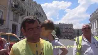getlinkyoutube.com-парковщик хотел денег, а получил по лицу Одесса
