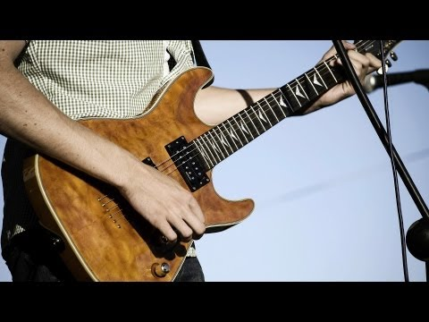How to Play the Natural Minor Scale | Heavy Metal Guitar Lessons