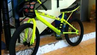 getlinkyoutube.com-Xe đạp độ theo phong cách drag bike