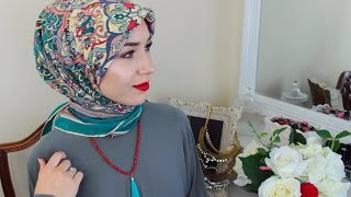 getlinkyoutube.com-2 HIJAB TUTORIALS | USING A SQUARE SCARF