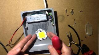 getlinkyoutube.com-How to change LEDs and drivers in LED floodlights.