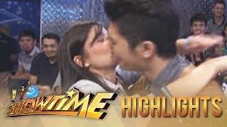 getlinkyoutube.com-Anne Curtis kisses Vhong Navarro on Showtime
