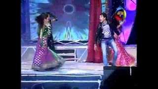getlinkyoutube.com-Nirahua and Pakhi's Performance Suro Ka Maha Sangram Grand Finale (SKMS) 13-06-2012 - Mahuaa TV