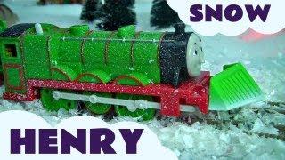 getlinkyoutube.com-Snow Clearing Henry Trackmaster Kids Thomas The Tank Engine Toy Train Set Thomas the Tank Engine