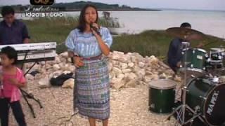 getlinkyoutube.com-Cristo La Buena Nueva & Yessi Morales - Mix de Alabanzas