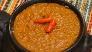 getlinkyoutube.com-Ethiopian Food - Misir Wot Red Lentil & Carrot vegan stew Amharic English - Berbere Injera
