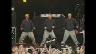 getlinkyoutube.com-Bloodhound Gang - The Bad Touch (Live Hultsfred 1999)
