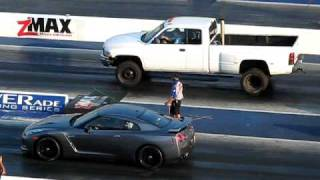 getlinkyoutube.com-Dodge Diesel vs  GTR