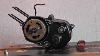 getlinkyoutube.com-Tomos AT 50 Motorblok openen - Engine open up