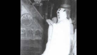 getlinkyoutube.com-الملك سعود يأم المصلين فى المسجد النبوي  الشريف